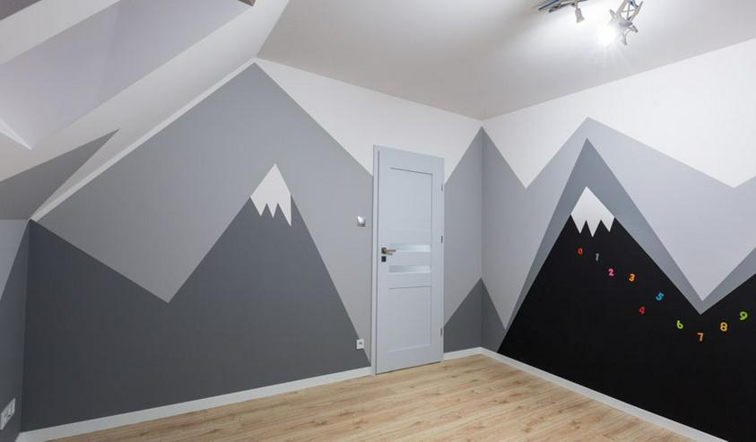 Bild 2: Professionelle Malerarbeiten in Wohnungen und Einfamilienhäusern. Klassisch ein- oder mehrfarbig oder kreativ mit individuellen Grafiken.