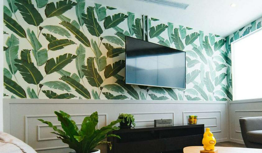 Bild 6: Professionelle Malerarbeiten in Wohnungen und Einfamilienhäusern.  Klassisch ein- oder mehrfarbig oder kreativ mit individuellen Grafiken.