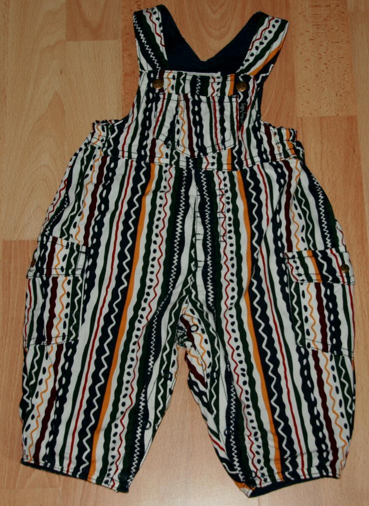 Bild 3: SET - Bunte Latz-Hose & Shirt- Größe 62 - 2teilige Kombination