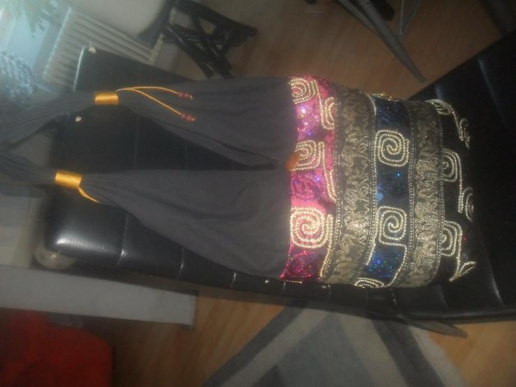 Bild 2: Schwarze orientalische Tasche  mit Palietten