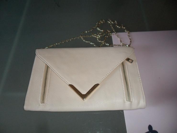 Bild 3: Elegante Abendtasche Leder mit Goldkette