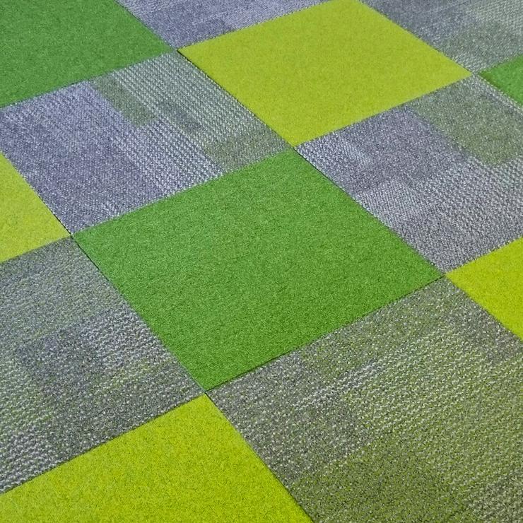 Bild 2: Neuer Trend! Shades of Green Teppichfliesen von Interface