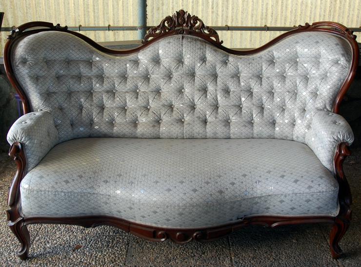 Antikes Sofa ca. 1870
