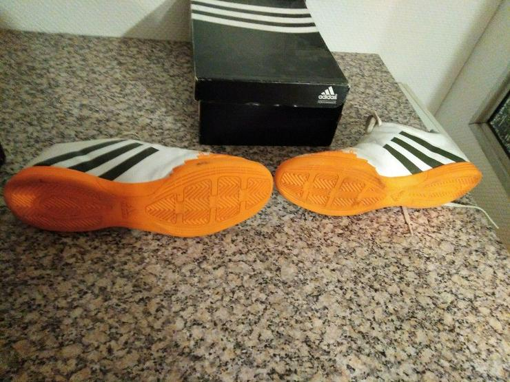 Bild 3: Adidas_11,5_Halle