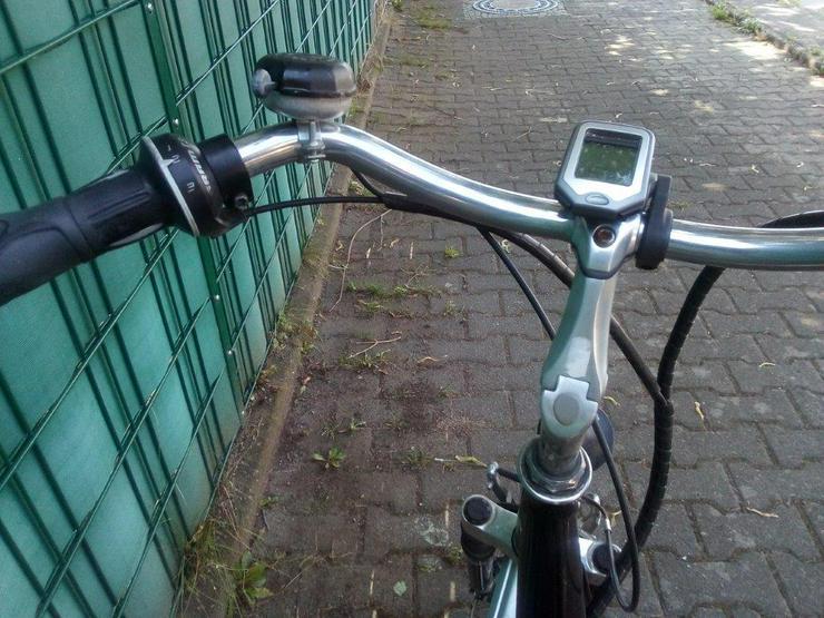 Bild 4: E-Bike ( Allu – Rex ) 28 zoll, 3Gang , 24 Volt Akku , Leistung crk 30 km . Keine Treterleichterung ,sondern mit Motorantrieb.