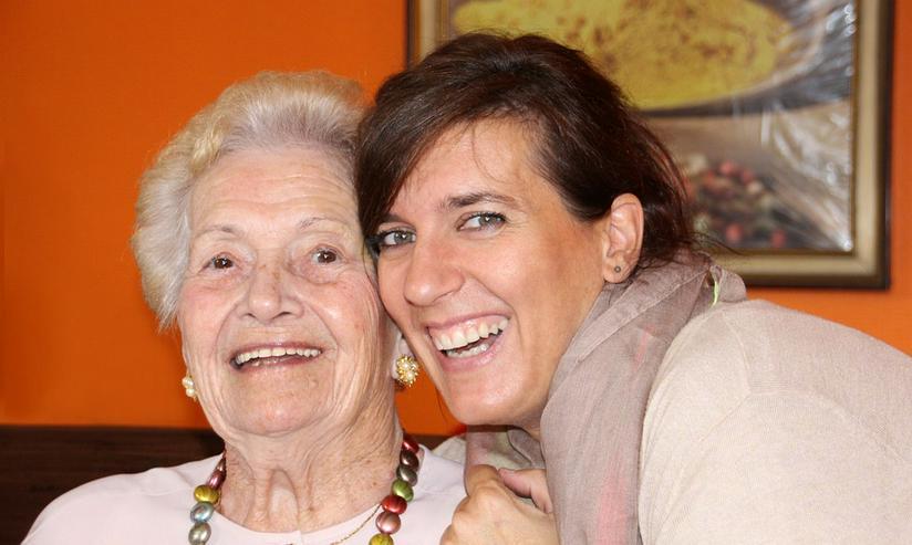 Bild 2: Liebe 24-St.-Pflege, Häusliche Pflege, Seniorenpflege zu Hause