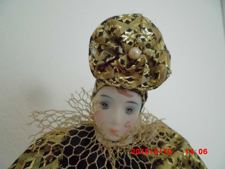 Bild 4: 2 große Deko-Puppe ca. 25 cm mit Ständer 28-35 cm verstellbar