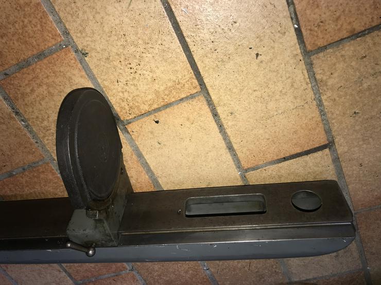 Bild 4: Gegenhalter, Gegenlager, Lupe und Zentrierspitze zum Original Deckel-Teilkopf (FP1 und FP2)