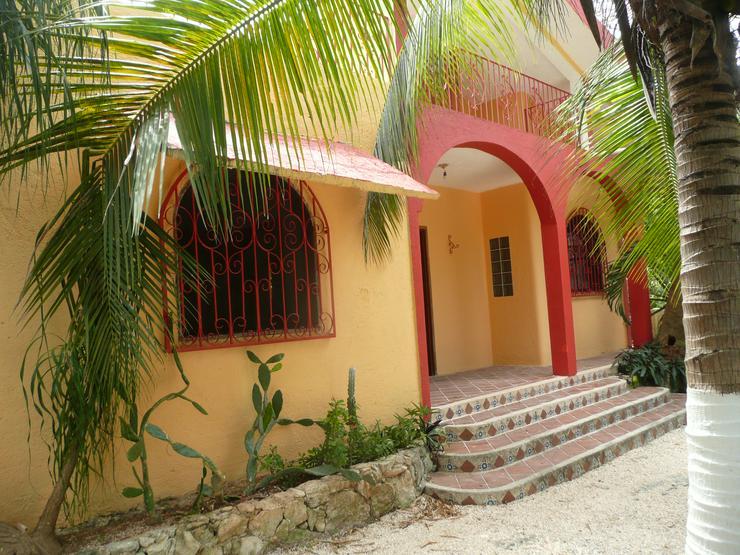 100qm Haus mit 830qm Grund