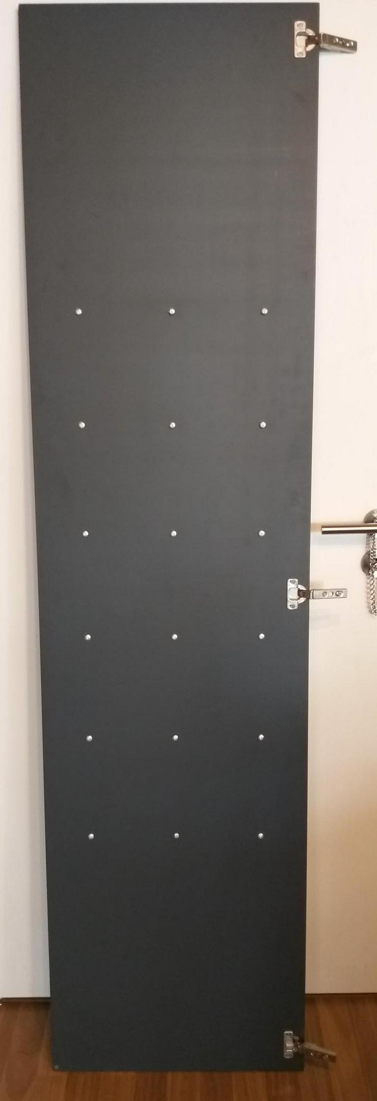 Bild 2: IKEA Pax Tür mit Haken und Scharniere (Stauraum)