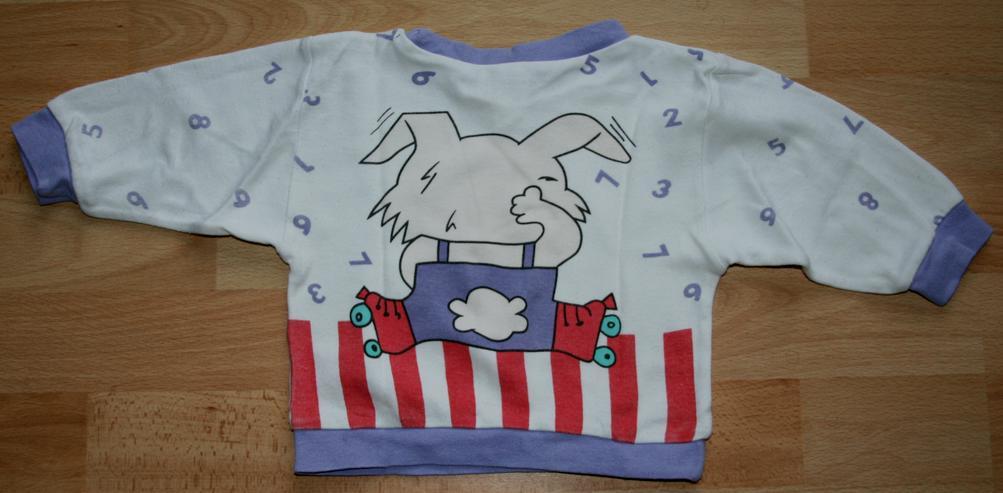 """Bild 4: Schlafanzug - Größe 68 - Pyjama - 2teilig - """"Hase und Zahlen"""""""