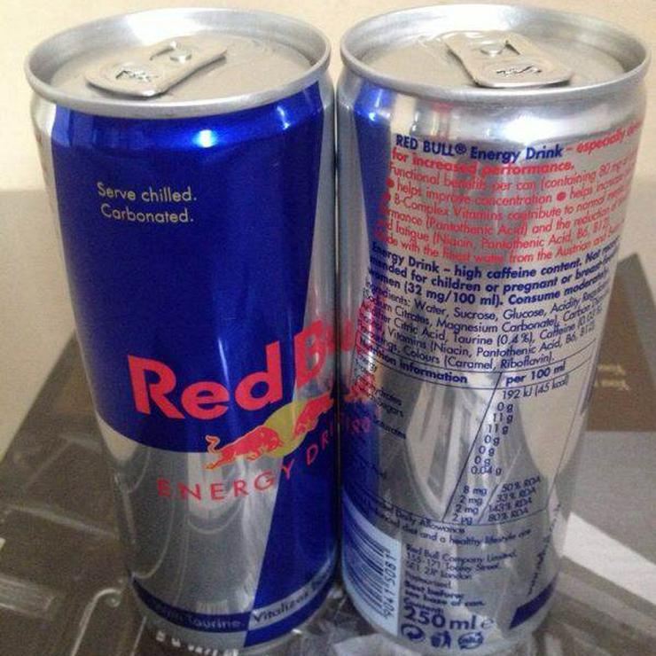 Bild 4: Red Bull Energy Drink zum Verkauf