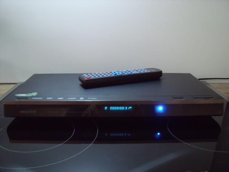 SCOTT i985 HDB- DVIX, DVD, HDMI, USB , Full HD Wie neu.