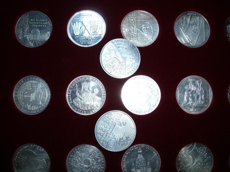 Bild 7: 10 DM 24 + 2 st 10 euro stück Gedenkmünze Verschiedene Silber.