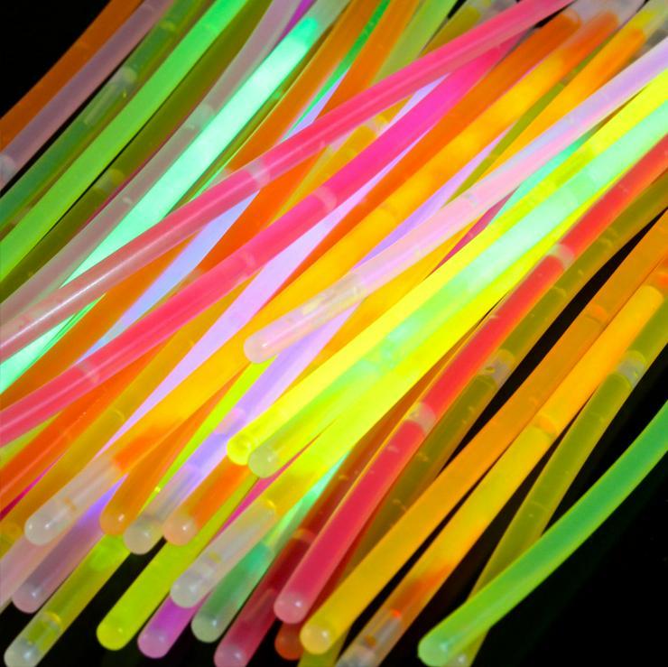 Bild 4: 100 Premium Knicklichter Party Set Armbänder Pack Glow Sticks Leuchtstäbe hell