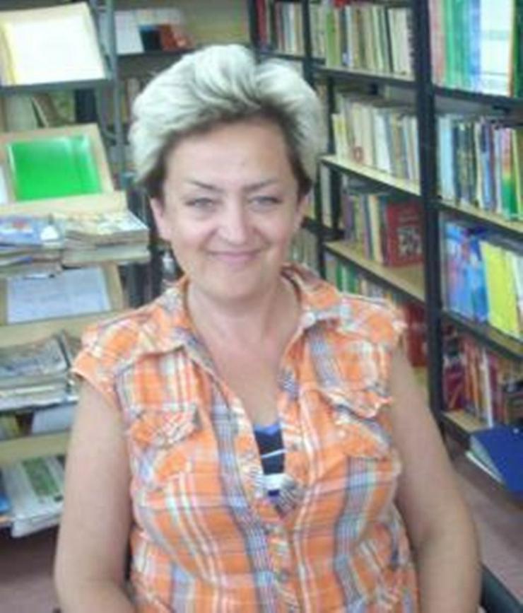 ältere Frau sucht lebensfrohen Partner