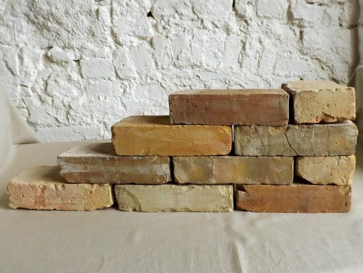 Antike Ziegelsteine rustikale Klinker Verblender alte Mauersteine historisches Mauerwerk mediterran - Fliesen & Stein - Bild 1