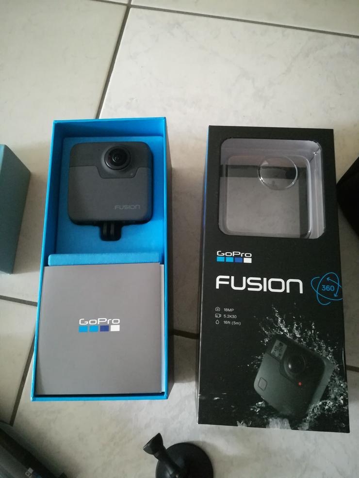 Bild 2: GoPro Fusion Actioncam, NEUWERTIG + Zubehör + Unterwassergehäuse!
