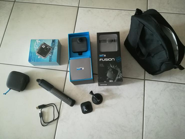 GoPro Fusion Actioncam, NEUWERTIG + Zubehör + Unterwassergehäuse! - Digitalkameras (Kompaktkameras) - Bild 1