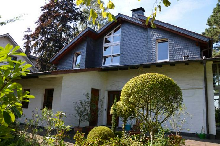 Bestlage: Fabrikantenvilla mit Panorama über die Dächer von Menden