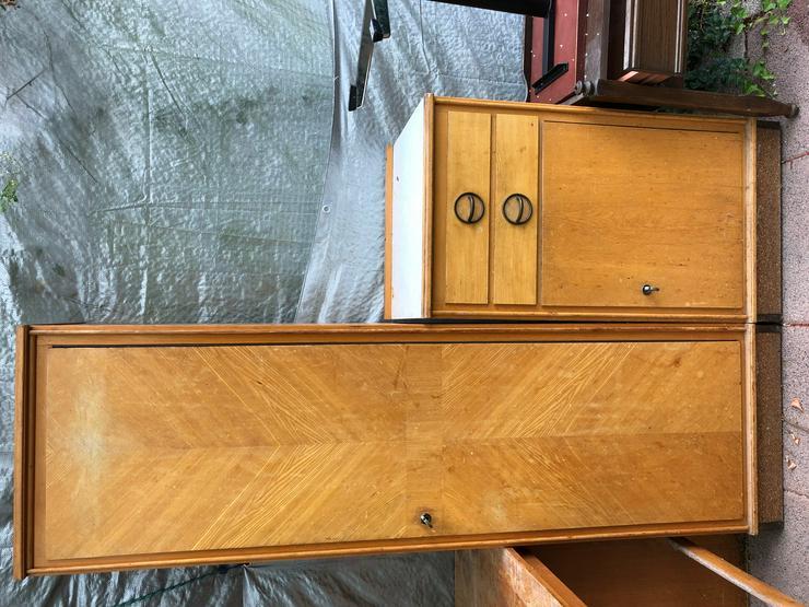Bild 6: Verschiedene Möbel