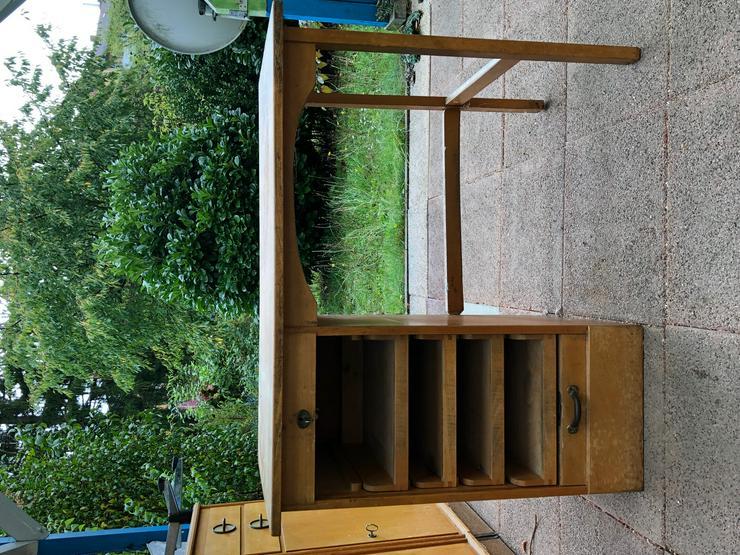 Bild 5: Verschiedene Möbel