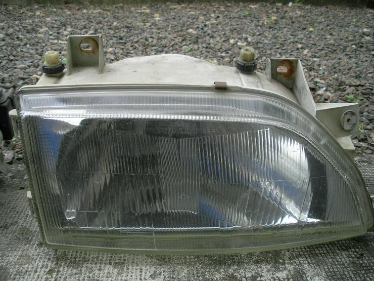 Bild 4: Scheinwerfer und Rückleuchten für Ford Escort XR3i 1,8 16V  77 KW/ 105 PS  Bauj. 92-95