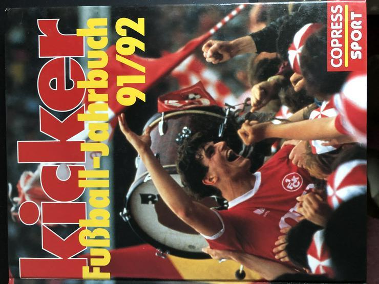 Orininal Kicker Fußball-Jahrbücher und 1 WM-Schaftsbuch 1978 Argentinien