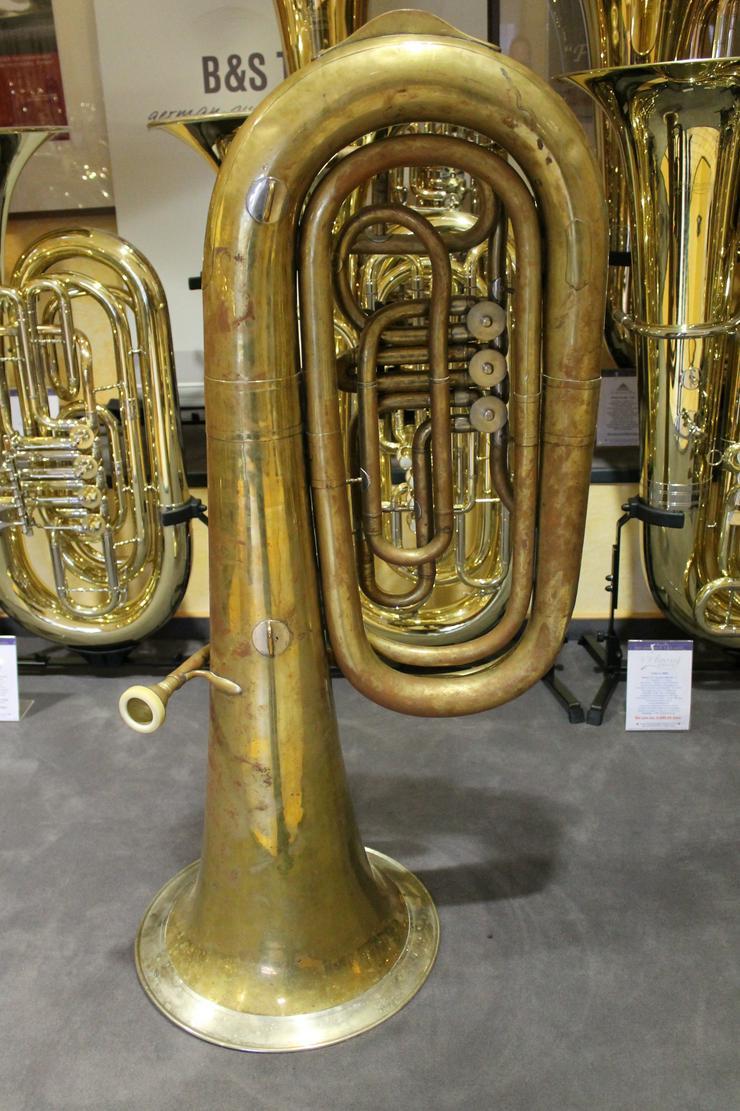 Bild 3: Deutsche B - Tuba, Aug. Clemens Glier Markneukirchen