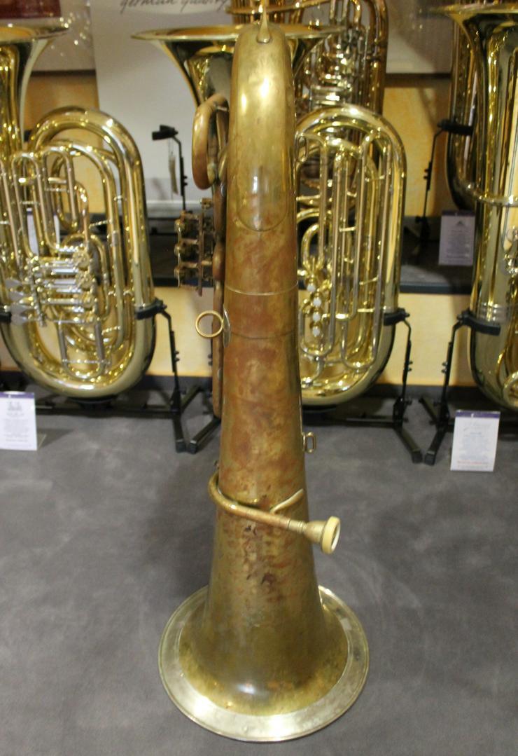 Bild 6: Deutsche B - Tuba, Aug. Clemens Glier Markneukirchen