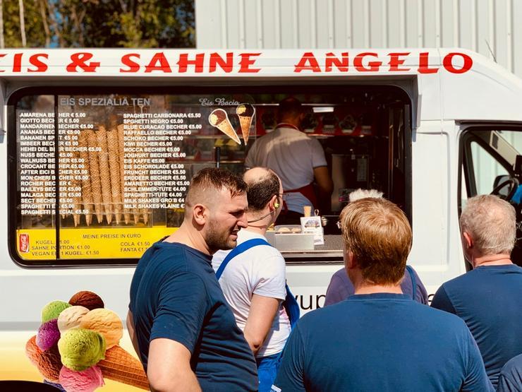 Bild 2: Gelsenkirchen Umgebung 🍨🍧 Eismobil EISWAGEN 🚙 mieten  🍨🍧 Hochzeit Messe Firmen Veranstaltung