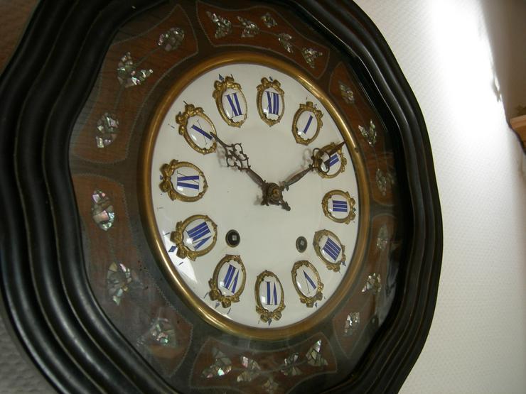 Uhr aus Frankreich  -  Wanduhr  -  Ochsenauge  -  antik