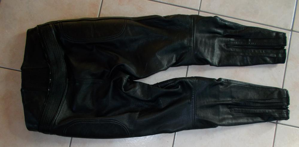 Bild 2: Lederhose in Größe 46