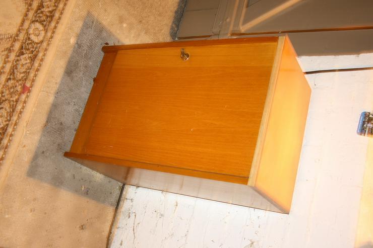 Bild 2: Schrank-Set - 2 passende Schränke aus den 1960er-Jahren