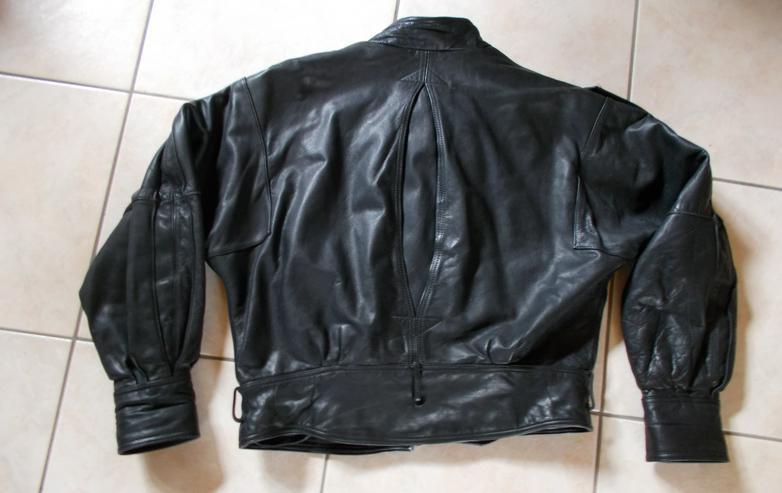 Bild 3: Motorradlederjacke in Größe 52