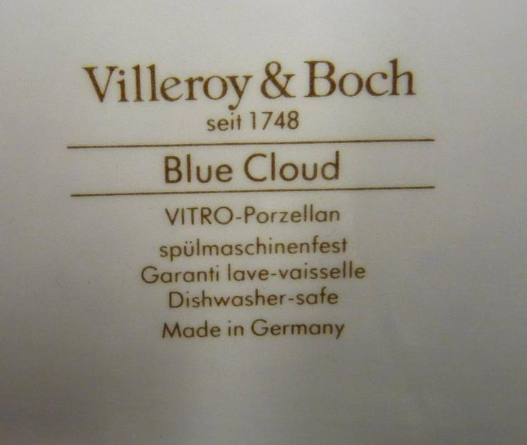 Bild 2: Vorlegeplatte Blue Cloud von V & B 40 x 28 cm