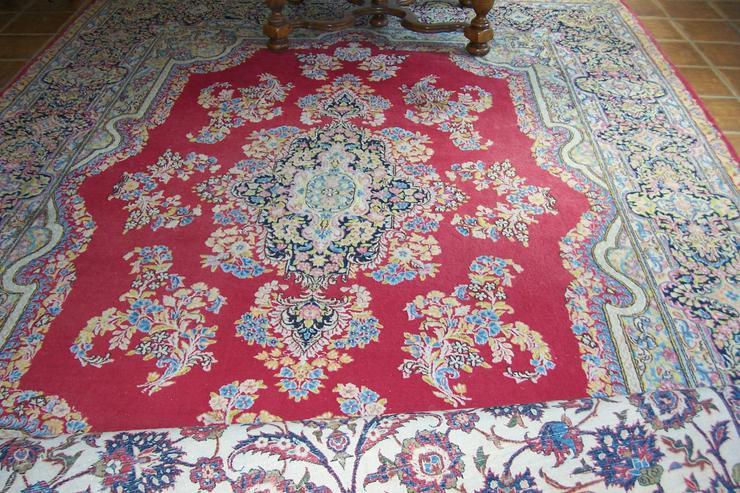 Bild 2: Orientteppiche