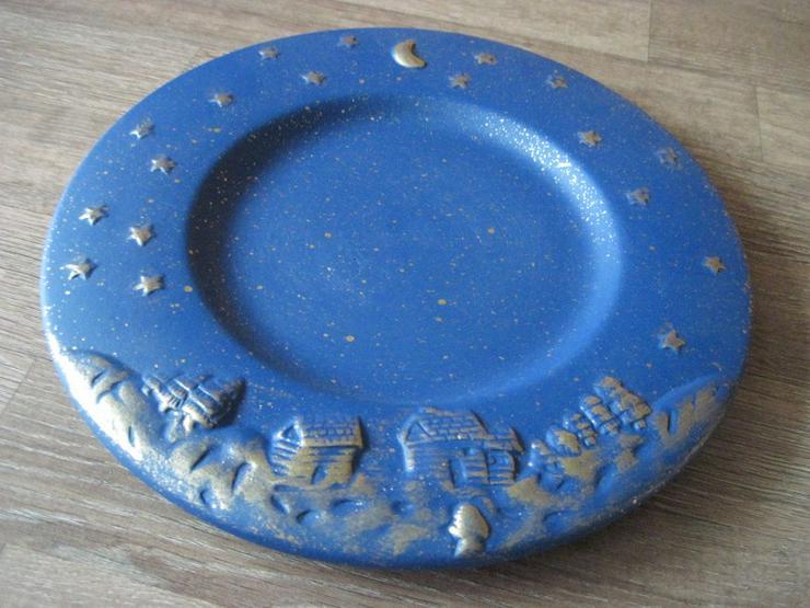 Bild 2: Flacher Weihnachtsteller, Keksteller, Gebäckschale, Adventsteller, Keramik, Blau