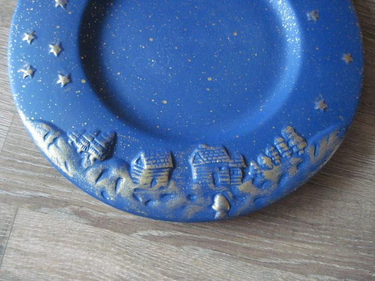 Bild 4: Flacher Weihnachtsteller, Keksteller, Gebäckschale, Adventsteller, Keramik, Blau