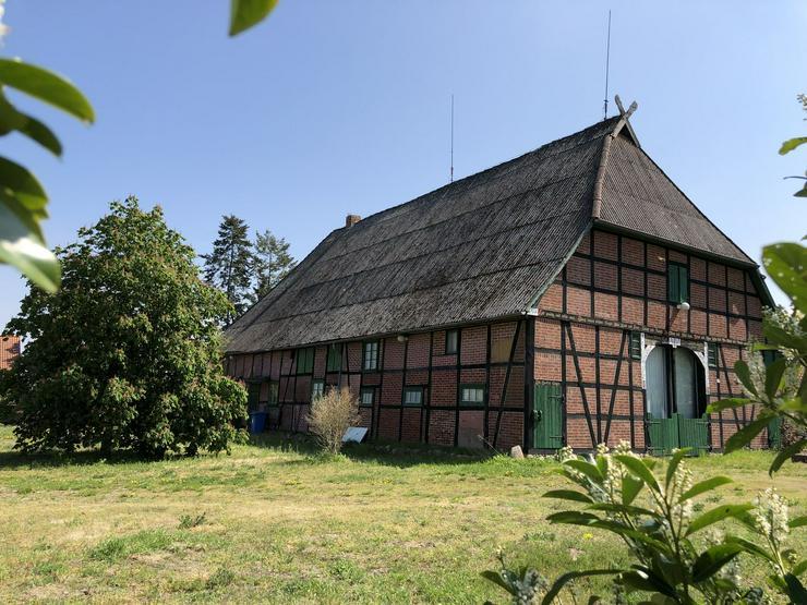 Imposantes Vierständer-Hallenhaus anno 1824 in Dannenberg (Wendland)
