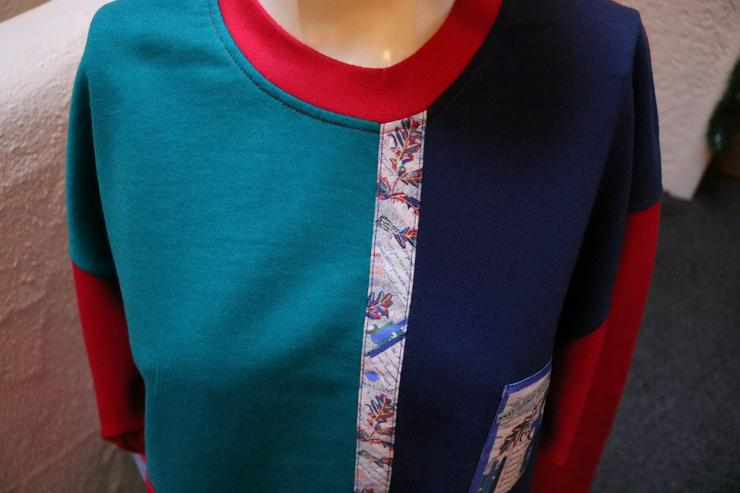 Bild 2: Sweatshirt, Gr. 48, Trigema, rot-blau-grün