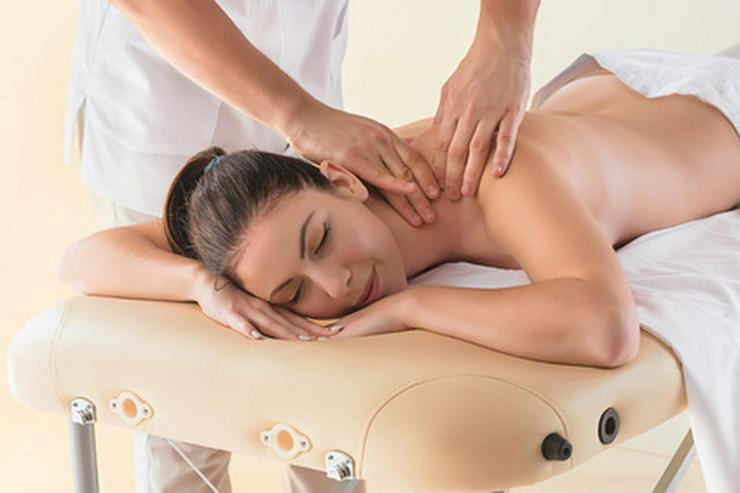 Eine Massage frei Haus