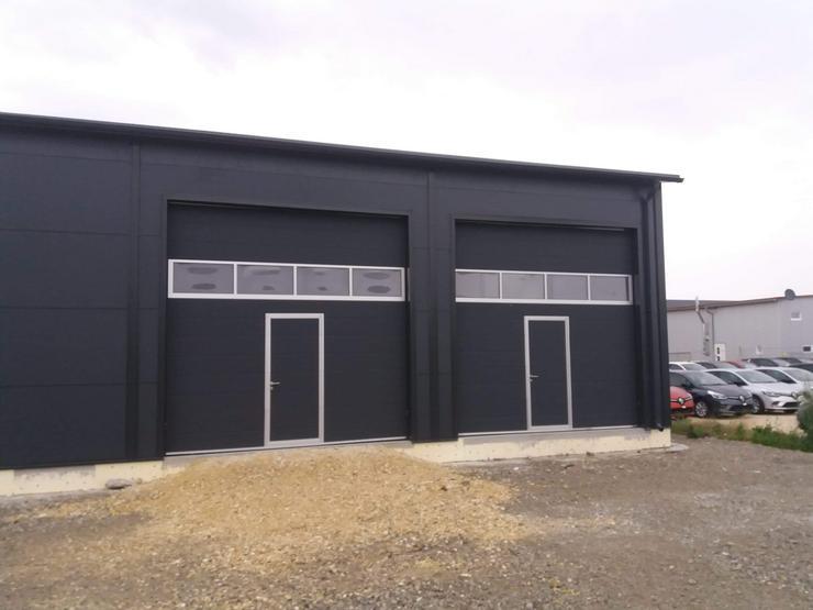 Bild 4: Stahlhalle Werkstatthalle Gewerbehalle Mehrzweckhalle mit Beurobereich 27m x 12m