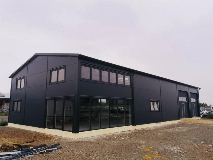 Stahlhalle Werkstatthalle Gewerbehalle Mehrzweckhalle mit Beurobereich 27m x 12m