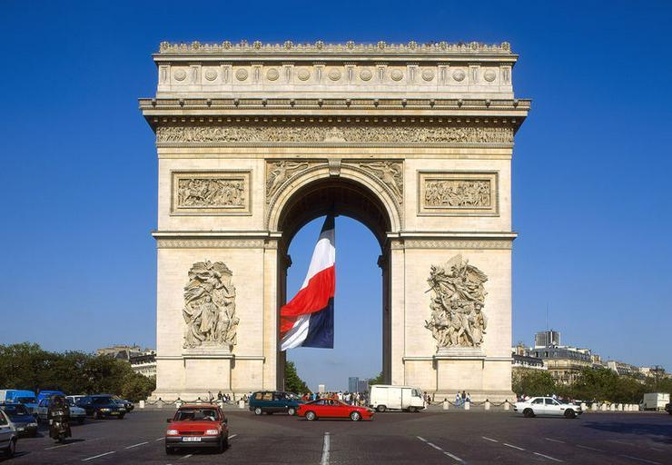 Französisch Nachhilfe in Frankfurt mit Muttersprachlerin Französischlehrerin