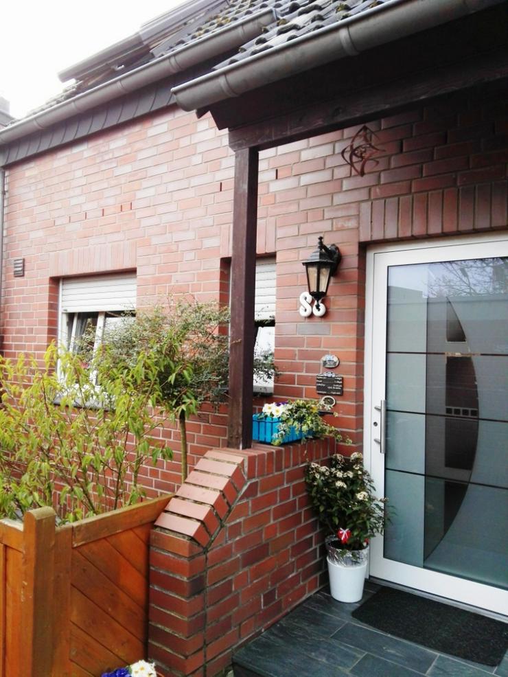 Bild 2: Moderne Doppelhaushälfte in ruhiger Lage von   Neuss / Weckhoven