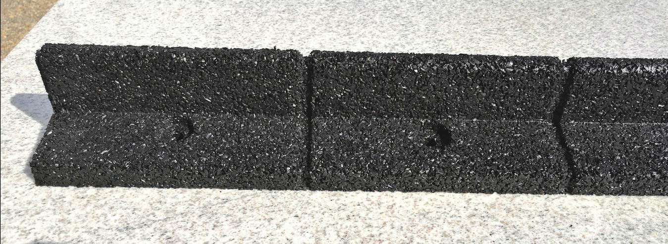 Bild 4: 6 Meter Flexible Rasenkante mit Radlauf. Beetumrandung