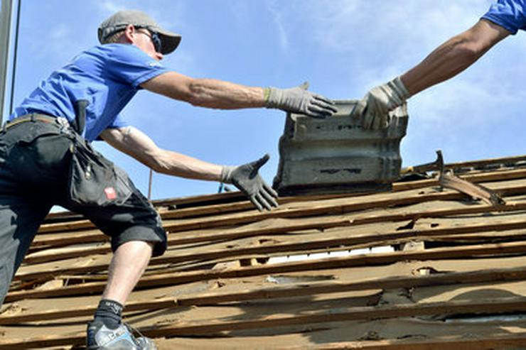 Bauhelfer für Hilfsarbeiten am Bau - Reparaturen & Handwerker - Bild 1