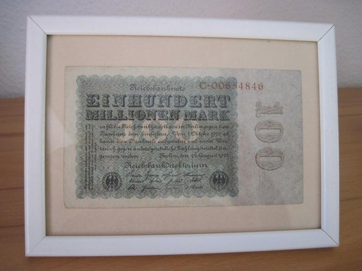 100 Millionen Mark Reichsbanknote vom 22. August 1923 im Rahmen - Deutsche Mark - Bild 1