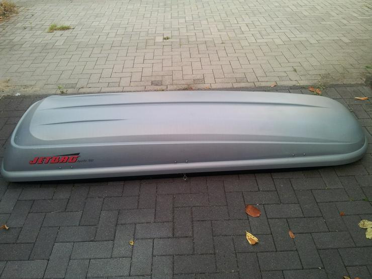 Verleihe Dachbox Apollo 700 ca. 232x69x40 cm ab 3,50 EUR/ Tag